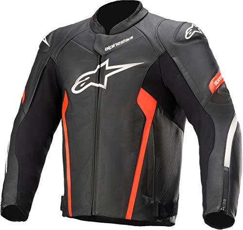 Una excelente ropa deportiva con estilo con cuero prémium y amplio panel elástico, la chaqueta Faster V2 tiene características de protección y rendimiento. Esta chaqueta está equipada con perforaciones estratégicamente posicionadas de alto nivel de flujo de aire de refrigeración.