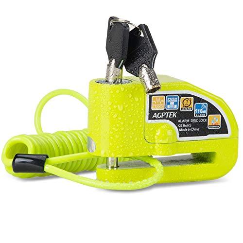 📢【 Antirrobo con Alarma 110dB】: Con un dispositivo de alarma sensible, la alarma puede funcionar automático cuando se deteta vibraciones o golpes. 110 db para proteger eficazmente tu propiedad y ahuyenta a los ladrones. 📢【Robusto y Duradero】: Hecho completamente de núcleo de aleación de aluminio y cuerpo de aleación de aluminio sin costura, es resistente al agua / serrado / resistente al corte / resistente a la corrosión / resistente a alta temperatura. 📢【Incluido Cable de Recordatorio 】: Con un buen elástico, se puede estirar hasta 1.6 m. Puede prevenir eficazmente el daño potencial y la vergüenza causados por alejarse mientras el bloqueo del disco está activado. Ideal para evadir a los ladrones. 📢【Fácil de Usar】: Sólo presione el núcleo para cerrar el candado sin necesita de llave. Cada cerradura con 6 baterías y 2 llaves. Viene con herramienta de desmontaje para reemplazar batería más sencillo. 📢【Amplias Aplicaciones】: Ideal para la mayoría de las motocicletas, bicicleta, moto, scooters, ciclomotores, cruceros, autos de carreras, etc. Cualquier problema, puede consultarnos. Brindaremos una solución satisfactoria.