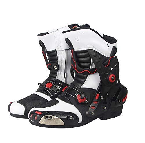 Diseño único: los estilos de zapatos de motocicleta son retro y diversos, y combinan perfectamente con las chaquetas de motocicleta, te garantizan un excelente aspecto en cualquier deporte de carrera. Conviértete en la persona más llamativa en la carrera de locomotoras. Protección segura: El cuero a ++ garantiza el más alto nivel de seguridad para la abrasión y el desgarro que podrían proporcionar las botas de motocicleta. La protección del tobillo, así como las áreas reforzadas del talón y los dedos garantizan su seguridad. Los elementos reflectantes en los zapatos aumentan adicionalmente nuestra seguridad durante la noche. Comodidad: gracias a la cremallera lateral, ponerse las botas de moto nunca ha sido tan fácil. La suela resistente al aceite de diseño ergonómico brinda comodidad al conducir una motocicleta, así como en el uso diario. El refuerzo del área de cambio de marcha con bordado de agarre protege el área propensa a la abrasión de daños Ventilación: gracias a la piel perforada en la zona de la lengüeta del maletero de la moto, puedes sentir un soplo de aire fresco en los calurosos días de verano. El agujero en el cuero crea un estilo retro especial. Para todos los climas: protección dura TPO en la parte posterior del talón y el tobillo - Espuma viscoelástica y protección de espinilla reforzada con PU, adecuada para carreras y deportes, todoterreno, turismo y botas urbanas y otros deportes