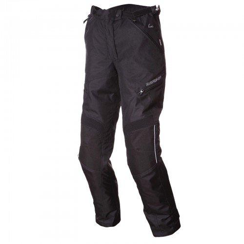 Material: Tejido Sistema de ventilación: sí. Reflectante: sí. Forro: sí (extraíble) Conexión chaqueta/pantalón: Sí.