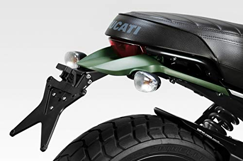 Ducati Scrambler 800 - Kit Soporte de Matrícula (D-0220) - Inclinación variable desde 30° hacia arriba con bloqueo de 4 puntos - Completo con instrucciones de montaje y tornillería Se monta SOLO en las versiones: Urban Enduro, Icon, Italian Independent - ¡ATENCIÓN! No es compatible con las versiones: Classic, Flat Track Pro, Full Throttle, Desert Sled y Cafè Racer Fácil Instalación - Posibilidad de reutilizar los indicadores, luz de matrícula y el soporte base portaplacas originales - Se aplica sin realizar cambios en la moto Negro Mate - Calidad de Acabado - 100% Made in Italy Acero FE360 - Pintado con Polvos - Corte láser