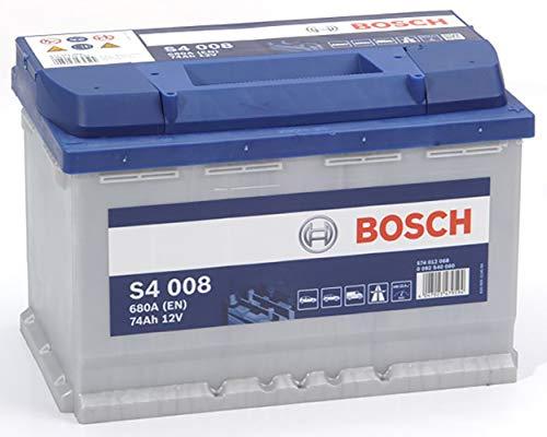 12V - 74A/h-680A 27,8 x 17,5 x 19 cm Esta batería se puede montar en los modelos siguientes: Renault: Clio I et II, Espace I à III, Kangoo I et II, Laguna I et III, Mégane; Peugeot: 205, 308, 407; Citroën: Berlingo, C4 Picasso, Xantia, Xsara; VW: Golf Plus, Golf V et VI, Passat , Polo, etc... Esta lista no es exhaustiva, verifique que este producto es apto para su vehículo mediante la herramienta de búsqueda de piezas que encontrará en la parte superior de la página 100% sin mantenimiento, lista para su uso una vez montada Potencia de arranque óptima con una excelente vida útil Mayor longevidad: hasta dos veces más eficaz que una batería estándar Adaptada a todos los tipos de vehículos no equipados con el sistema Start & Stop Primera marca de baterías citada por los conductores