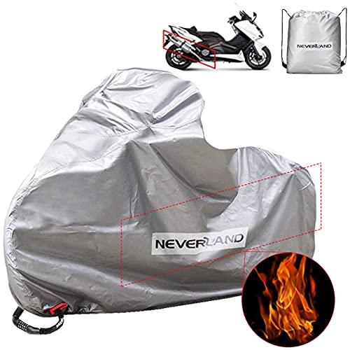 【Hecho de material resistente al calor 】La cubierta de escape de la motocicleta está hecha de material resistente al calor, que puede bloquear el calor cuando entra en contacto con el motor y el tubo de escape. (Por favor, utilice dentro de 150 °, no es fácil de derretir.) Hecho de material oxford 300D de alta calidad, que puede proteger del viento, la nieve, y no se agrieta en el clima frío. 【Upgrade hole anti-theft】-- No hay problema con respecto a la oxidación y el fracaso del material. 2 agujeros de tela en la rueda delantera y trasera de la cubierta de la moto. A diferencia de los agujeros metálicos ordinarios, nosotros utilizamos agujeros de tela antirrobo, por lo que se pueden utilizar varias cerraduras. 【Agujeros de bloqueo de seguridad】 Nuestra cubierta de moto tiene 4 (2 delanteros + 2 traseros) agujeros de bloqueo antirrobo, que le permiten bloquear cómodamente su cubierta de moto con candados de moto (no incluidos) incluso si no hay vacantes en las ruedas delanteras. 【Hebilla inferior media y banda de goma delantera y trasera】Es importante que encuentre 1 hebilla de unión (en la parte inferior media) y 2 bandas de goma (en las dos ruedas). Para que la cubierta de la moto o scooter no se levante con el viento. 【 Diseño de dos ventilaciones 】Gracias a las dos ventilaciones hace que sea transpirable. Permite que la lona evapore el calor y la humedad y el tejido transpirable garantiza una buena circulación del aire. Para que el aire pueda circular bajo la lámina y evitar la formación de condensación.