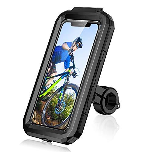 【Protección completa】La soporte movil bici/MTB está hecho de PVC duro, el clip está hecho de metal , y nunca se rompe, proporciona una protección completa para su teléfono móvil. ¡Es incorporado en las almohadillas de silicona de absorción de choque, manteniendo su teléfono de los arañazos y la reducción de las vibraciones, lo que hace que sea fácil de correos electrónicos, llamadas, selfie durante un viaje en bicicleta, disfrutar de su viaje ahora ! 【360 ° Rotación y pantalla táctil】El soporte de teléfono de la bicicleta soporta totalmente 360 ° de rotación, se puede ajustar fácilmente con una mano, que le proporciona la máxima flexibilidad en la visualización de su teléfono o tomar fotos durante la conducción. Y el soporte de teléfono de la bicicleta apoya la identificación de la cara altamente sensible y Touch ID. 【A prueba de agua】Con el Soporte Movil Bici, se puede disfrutar de la conducción, incluso en condiciones climáticas extremas, proteger su teléfono móvil y otras cosas de la lluvia, la nieve, el barro y el polvo, como la cáscara del soporte del teléfono celular de la bicicleta es resistente al agua y duro, también hay una junta de silicona a prueba de agua en el interior. Y hay un agujero reservado en la parte inferior para que usted pueda cargar o escuchar música mientras se conduce. 【Donde se puede instalar】Este soporte para moto movil se ajusta a una variedad de manillares. Tales como bicicletas de carretera, bicicletas de montaña, motocicletas, scooters eléctricos, cochecitos, cintas de correr y carritos de la compra. NOTA]: Adecuado para el diámetro del manillar 22-32mm. Viene con una junta de plástico adicional y una junta de silicona, por lo que puede añadir o quitar la junta en función del diámetro de su manillar. 【Compatibilidad universal】Este soporte movil bicicleta de montaña es compatible con dispositivos GPS de 4,5-6,8 pulgadas, como iPhone 12 Mini, 12 Pro Max, 11 Pro, Pro Max Xs XR X 8 7 7s 6s 6 Plus, Huawei P30 Pro 10 Pro P20 P10, Samsung 